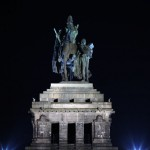 Das Deutsches Eck Koblenz Nachtaufnahme
